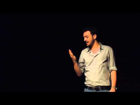 'לא קוראים לי שרגא' - כתיבה וביצוע: גיורא זינגר