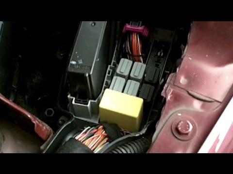 Vauxhall/Opel Corsa Indicator flashing too fast - YouTube