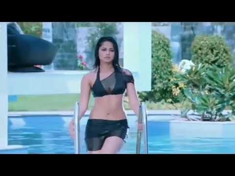 Anushka Shetty Hot In Bikini