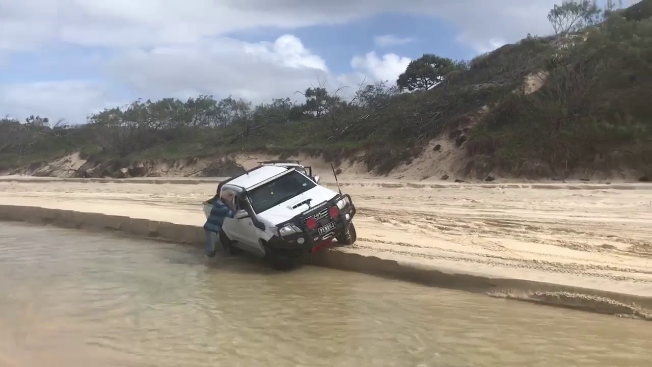 Download WORST 4WD RECOVERY EVER! ....Fraser Island