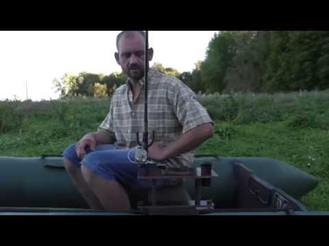 Смотреть онлайн Столик в лодку ПВХ 7
