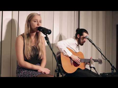 I'm Yours (Cover by Nicola&Joshua)