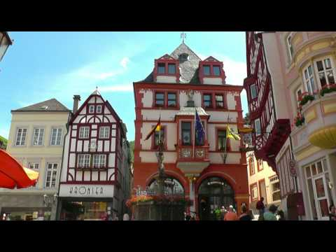 GERMANY Bernkastel-Kues, Moselle (hd-video)