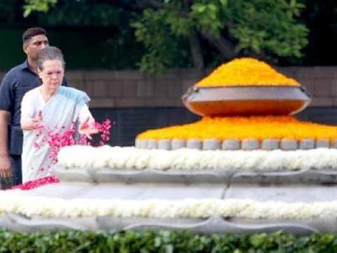 Congress President Sonia Gandhi paid tributes to former PM Rajiv Gandhi on his birth anniversary