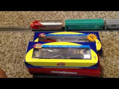 Model Train Unboxing! HO-Scale Cars and a Brand New Engine!!