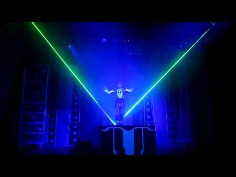 Человек лазер !