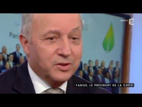 Laurent Fabius sous tension - C à vous - 03/12/2015
