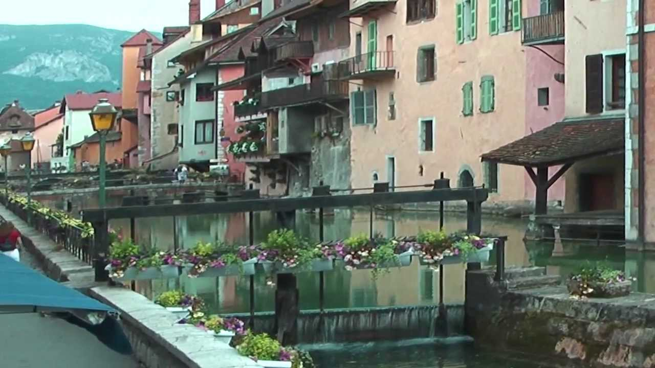 Top Attractions in Annecy, France - Bon Traveler |Annecy France Attractions