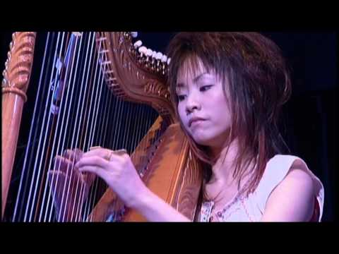 Town with a view of the sea  (Mika Agrematsu Live - 2006 Spring)