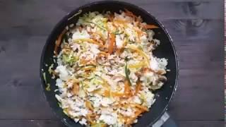 Японский жареный рис с овощами