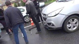 ДТП в Василькове. Столкнулись два автомобиля Hyundai .Не спас форкоп...