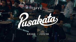Akad - Pusakata & The Panganans (Live Jogja)