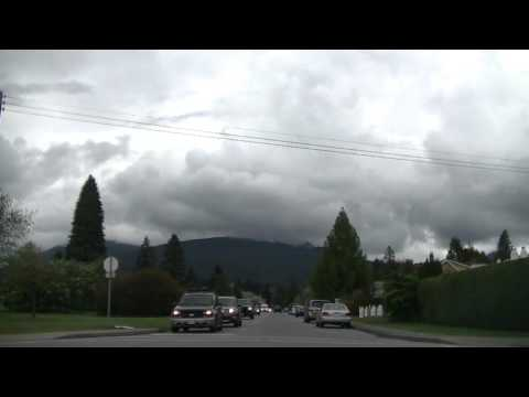 NORTH VANCOUVER BC Canada - Driving to Capilano University College - Jazz BGM - Drive to Mountain