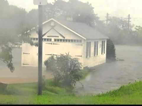 Hurricane Activity according to US Weather Service : video news