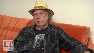 Neil Young Talks Climate Change & Slams President Trump Neil Young opens up about his political opinion on President Trump and former President Barack Obama, and talks about the climate change crisis.