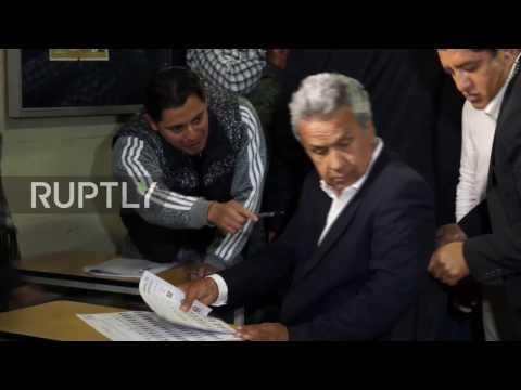 Ecuador: Outgoing Correa and presidential hopeful Moreno cast ballots in Quito