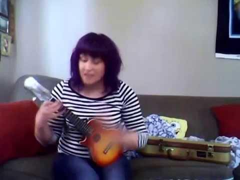 Knowledge ukulele cover  Laurie Cummings