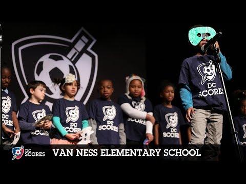 Van Ness Elementary School performs at the 2018 Westside Poetry Slam