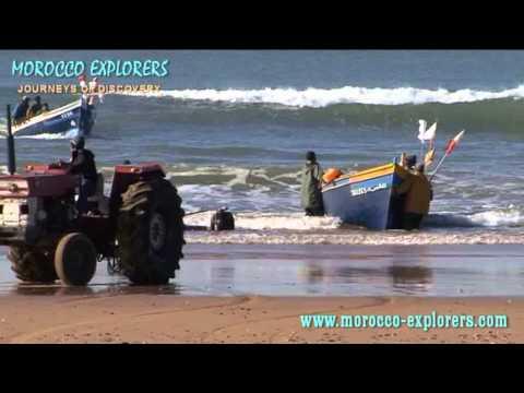 Sidi Kaouki surf beach Morocco - walk to authentic fishing village