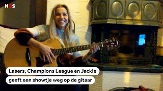 Jackie wordt gelaserd en kijkt Champions League | Club van Vijf #22