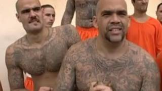 Racial segregation in San Quentin prison - Louis Theroux - Behind Bars - BBC