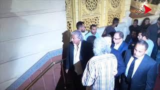 التحرير|أبوهشيمة وميدو وعلاء مبارك في عزاء مصطفى عبده