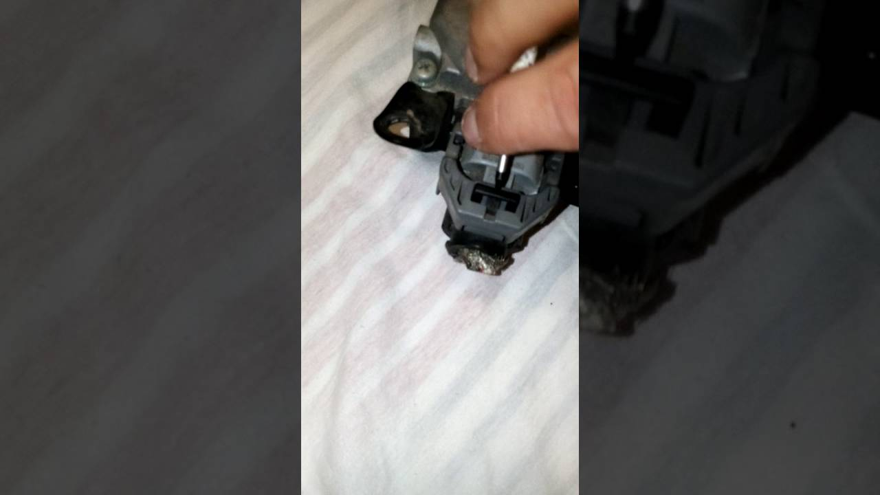 How remove cables easy to Lexus IS250/IS350 2006-2009 Power Steering Module  Computer