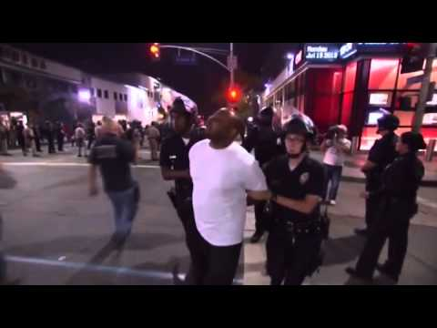Raw: Zimmerman protesters confront Los Angeles police