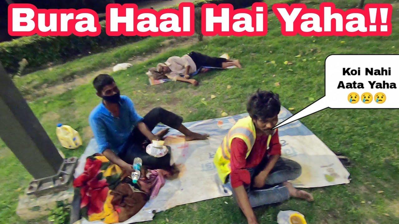 Roz Bhukha Sona Parta Hai Inko 😭 | Donating Food 🍜 | NCR Bikerz |