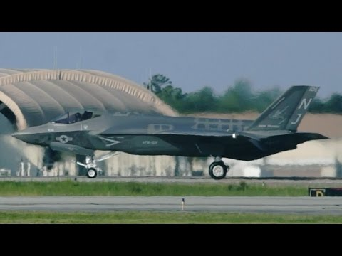 Ground Shaking F-35 Departures at Eglin AFB!