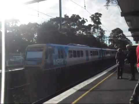 Glen Waverley Obervations 2 ft HMTMelbournePTGal and ComengTrain Clips from 2010-2013
