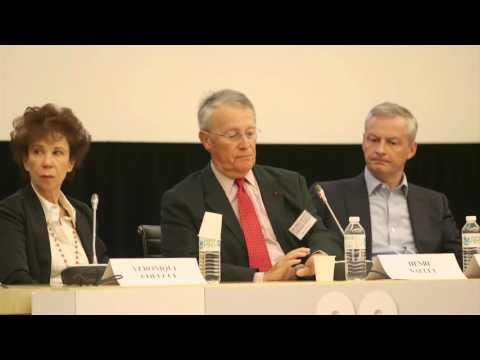 Le rôle des acteurs politiques. Regards croisés : les Restos du Cœur et l'Europe