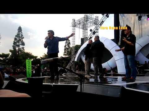Teliti Banget ! Rhoma Irama & Soneta Cek Sound di Bandung