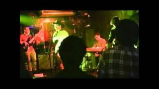 KUWATA BANDの名曲「スキップ・ビート(SKIPPED BEAT)詞・曲:桑田佳祐」...