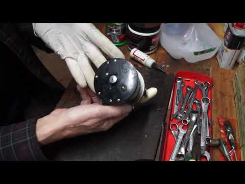 Tips For Purchasing A Used Penn Long Beach Fishing Reel From A Flea Market Or Yard Sale