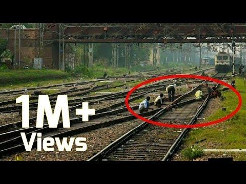 FUNNY P7 Honk WARNS the workers | Kalka Ambala Pass | Ambala Cantt. | Indian Railways