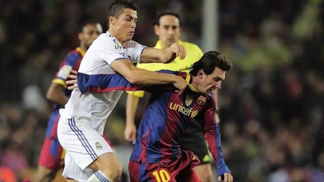 Messi Humilla A CR7 En Partido