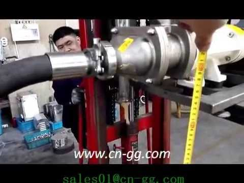 Double screw pump for meat transfer L&B