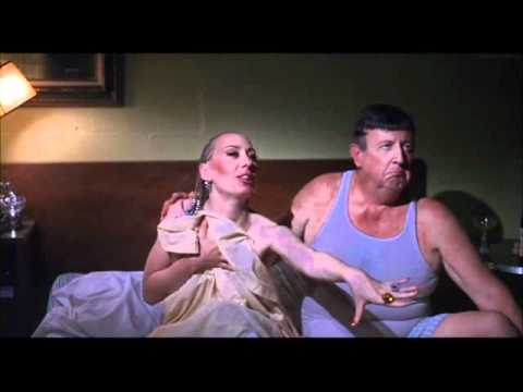 Divine / Polyester (1980) The Smell of Fear...