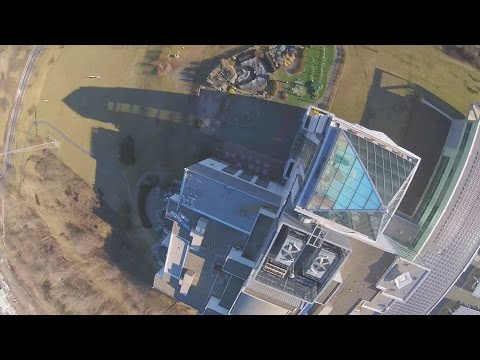 Drone Diving & Drag Race the Liberty Science Center - New York City Drone Film Festival