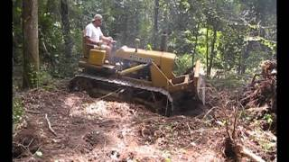 Repeat youtube video John Deere 1010 Crawler / Dozer (1964)