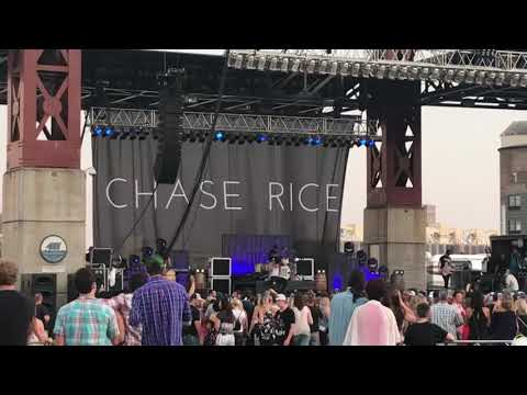 Eyes On You- Chase Rice (2018 Live Performance)