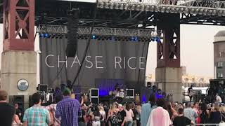 Eyes On You Chase Rice 2018 Live Performance - MusicVista
