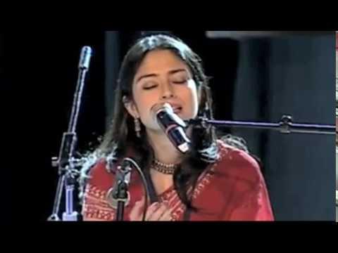 Tagore Song -  'Aj Jemon Kore Gaichhe Akash' -  Kamalini Mukhopadhyay