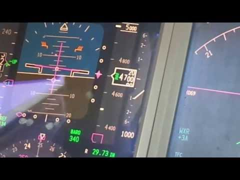 Cockpit view - KLM 777-200 Landing at Narita International Airport (Narita - NRT)