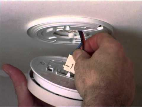 Replace Battery In Kidde 4899 Heat Alarm Youtube
