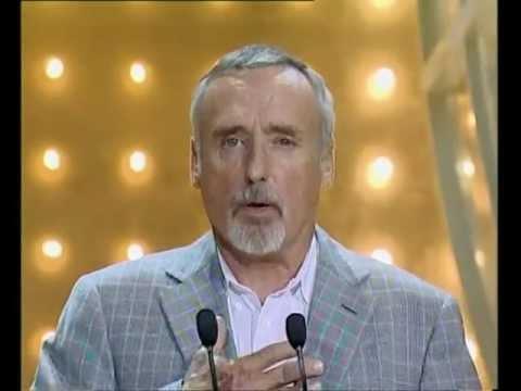gala-premio-donostia---dennis-hopper---50-edición-2002