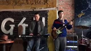 Tú Xỉn ghép nhạc chuẩn bị đêm diễn tại G4U cafe 29 Nguyễn Khang