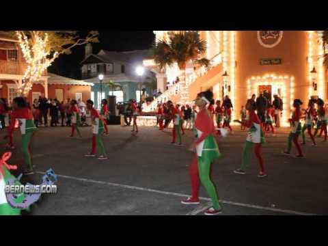 St.George's Dancerettes #4 - St.George's Santa Parade Dec10 2010