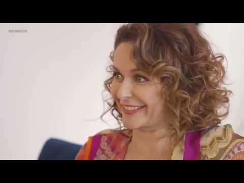 5 Things Julia Sawalha Would Tell Her Younger Self